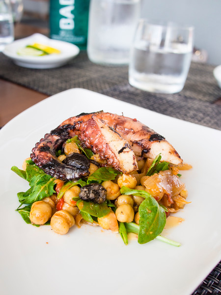 octopus and chickpeas-4.jpg