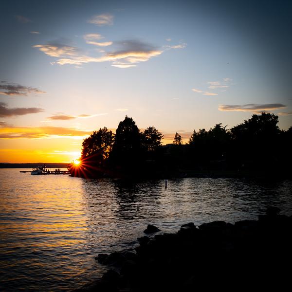 Starburst at sunset at Kirkland, Washington