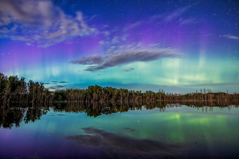 Moonlit Aurora