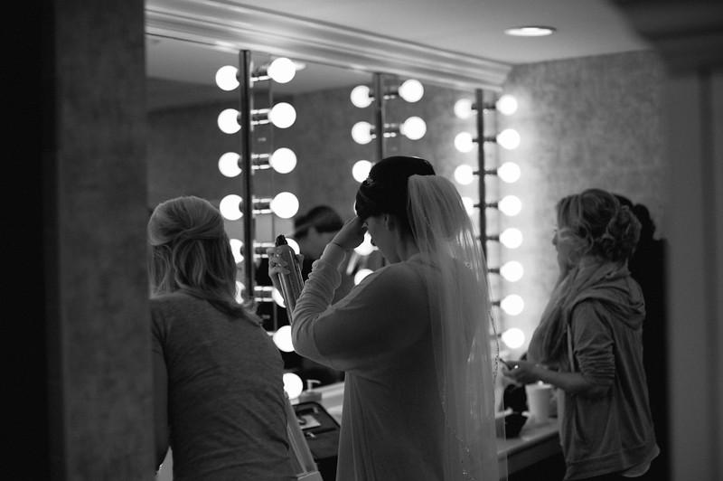 Matt & Erin Married _ getting ready  (8).jpg