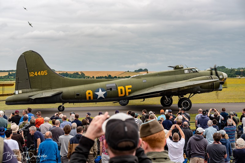 Boeing B-17G Flying Fortress '124485 - DF-A' (G-BEDF)