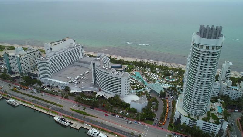Hotel and yachts Miami Beach