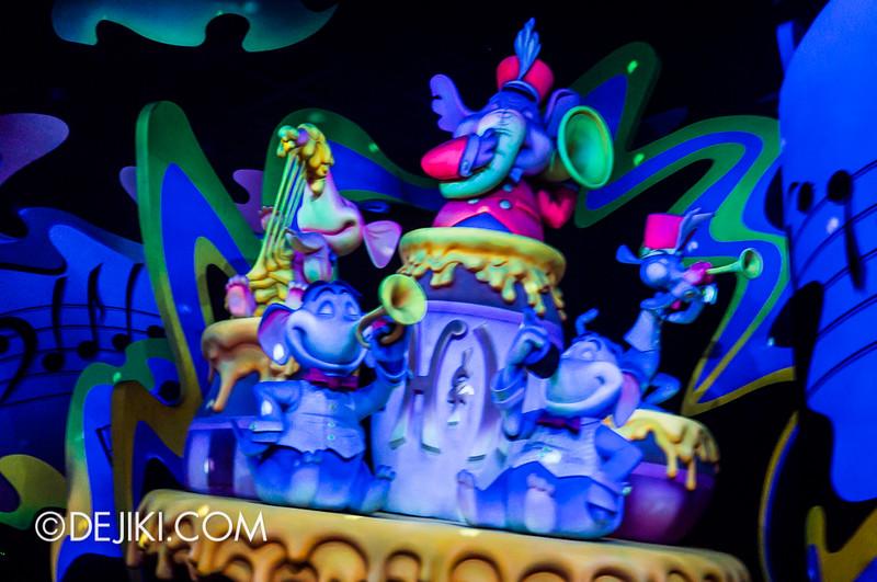 Tokyo Disneyland - Pooh's Hunny Hunt, Heffalump and Woozles 3
