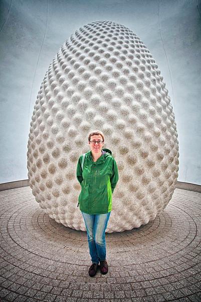 Tracy & The Goose-bump Egg.
