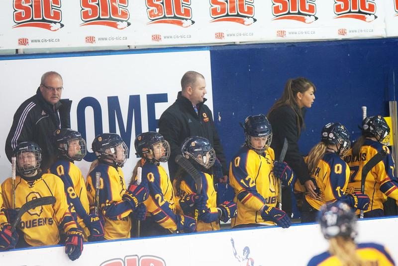 20130310 QWHockeyvsUBC 586.jpg