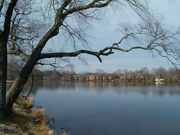 Silver Lake, Dover