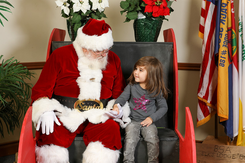 TBTP 2019 Photos with Santa-11.JPG
