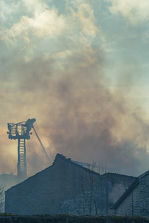 Incendie à Saint-Savinien de la menuiserie de Thierry Coufleau.