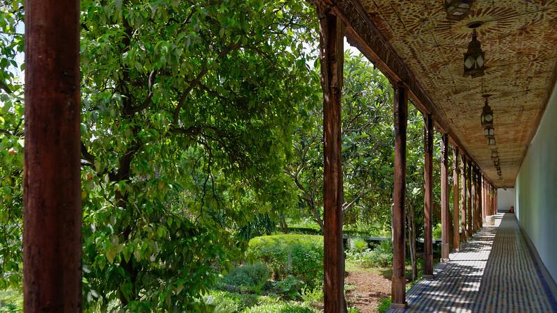 U2434 Fez Riad Courtyard.jpg