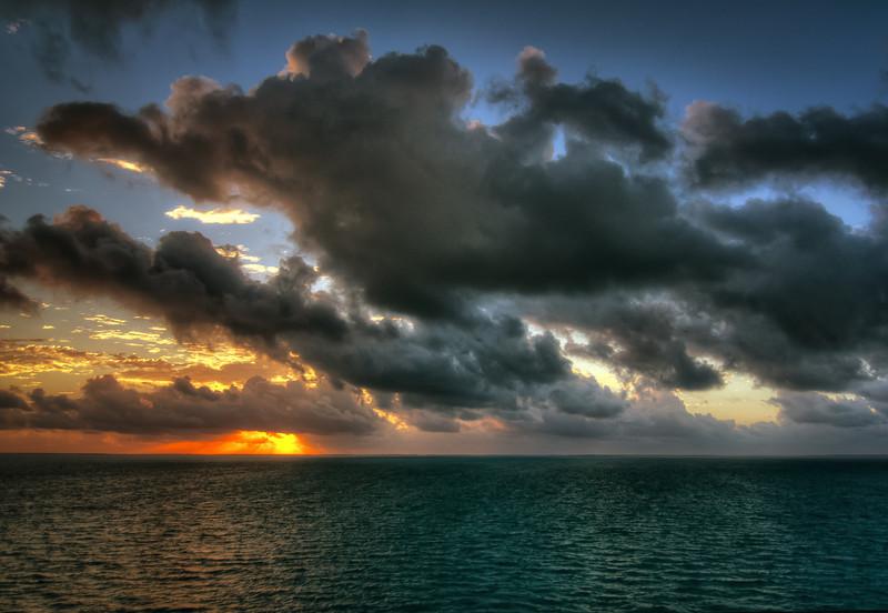 Saxaphone player-Manly Beach-Sydney Australia--31.jpg