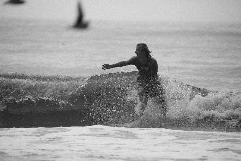 Surf_BW_037.jpg