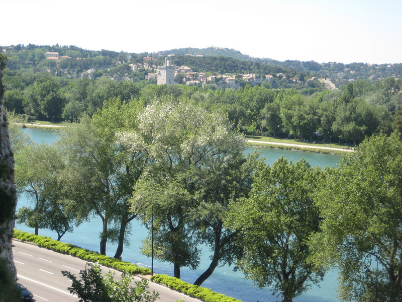 city_river.jpg