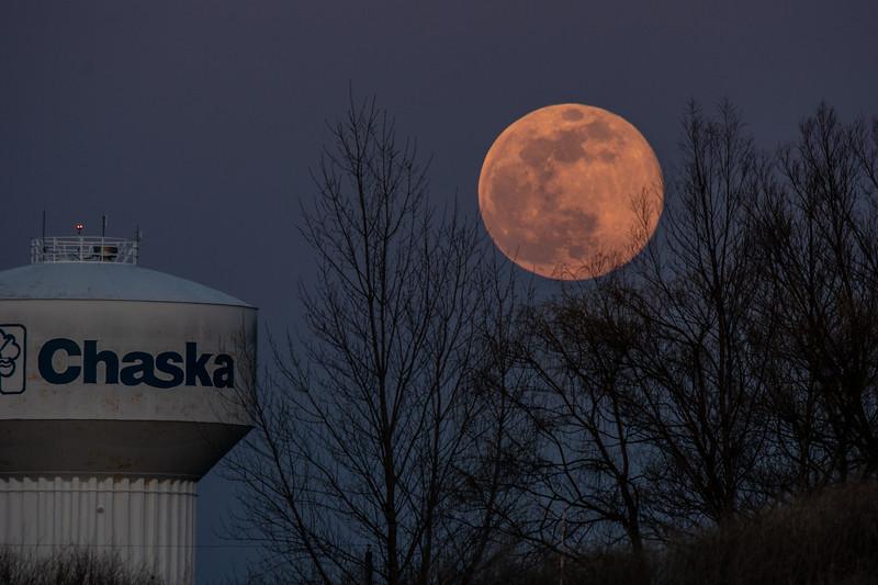 Moon Chaska Pink April aaa-4.JPG