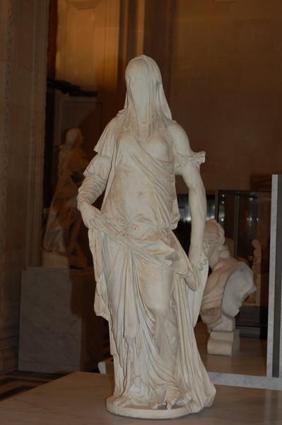 Louvre Statue a la Silent Hill