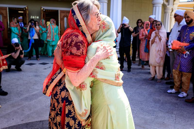 Neelam_and_Matt_Gurdwara_Wedding-1298.jpg