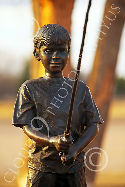 Pictures of Statues Honoring American Youth