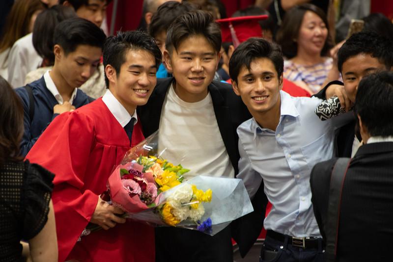 Senior -Graduation-YIS_3269-2018-19.jpg