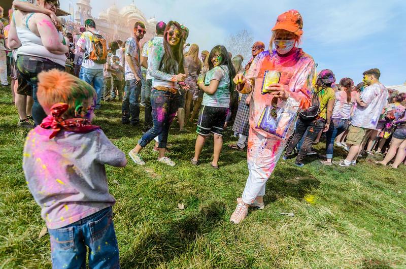Festival-of-colors-20140329-161.jpg