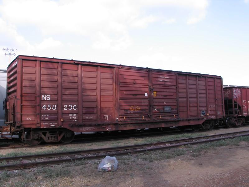 NS458236.JPG