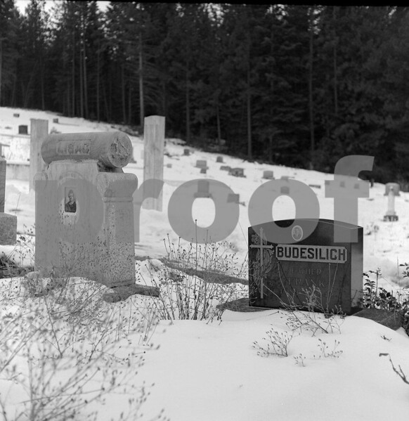The Roslyn Cemetery where the headstones bear a photo of the deceased person.