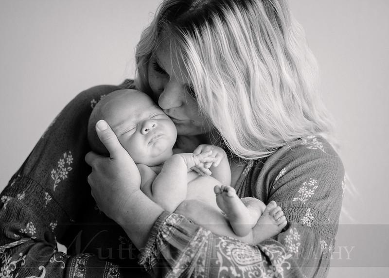 Skeen Newborn 44bw.jpg