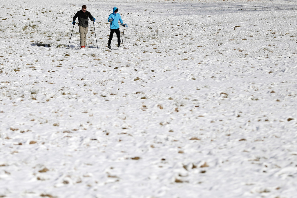 . A couple skis through Valley Forge National Historical Park, Friday, Jan. 6, 2017, in Valley Forge, Pa. (AP Photo/Matt Slocum)