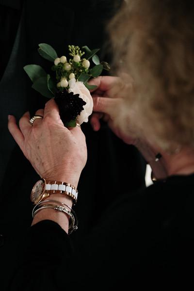 rustic_ohio__fall_barn_wedding-154.jpg