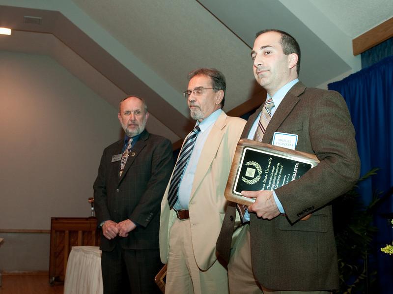 04_30_09_faculty_awards (100 of 159).jpg