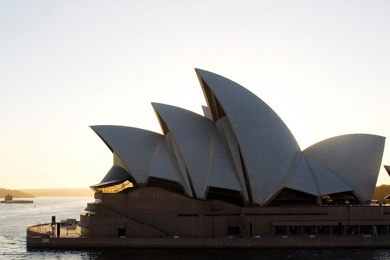 Opera House at Dawn 2.jpg