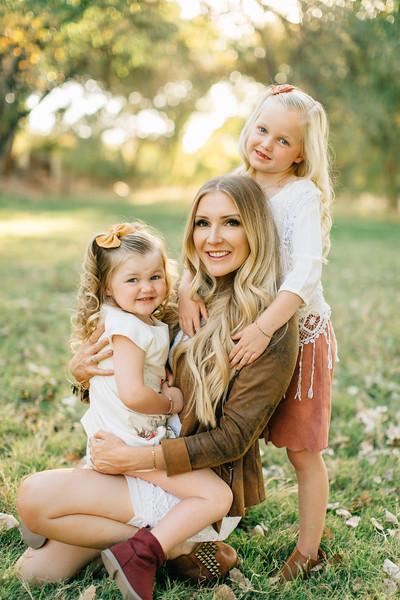 Leany Family-24.jpg