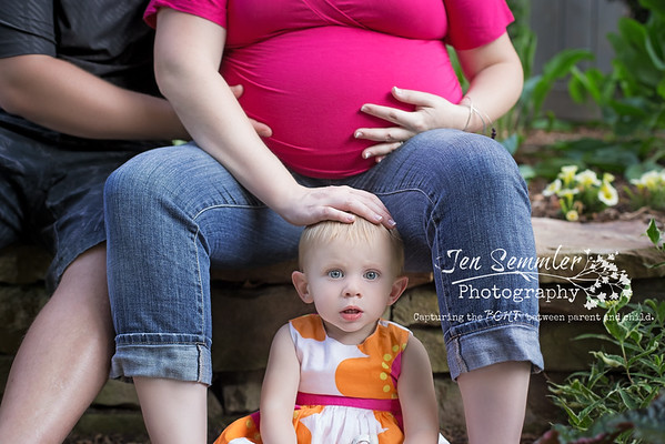 Maggie - Maternity Photography Rochester, NY