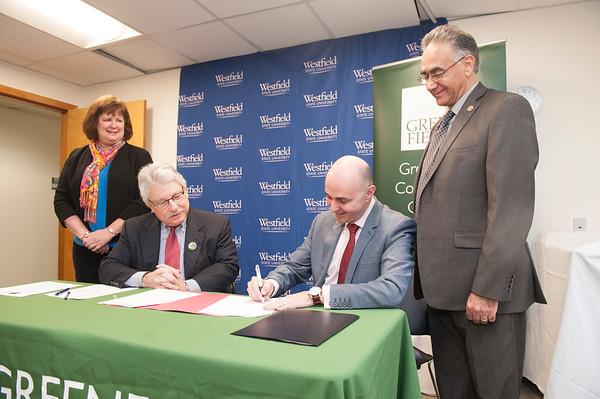 WSU-GCC RN-BSN Agreement Signing, Dec. 2017