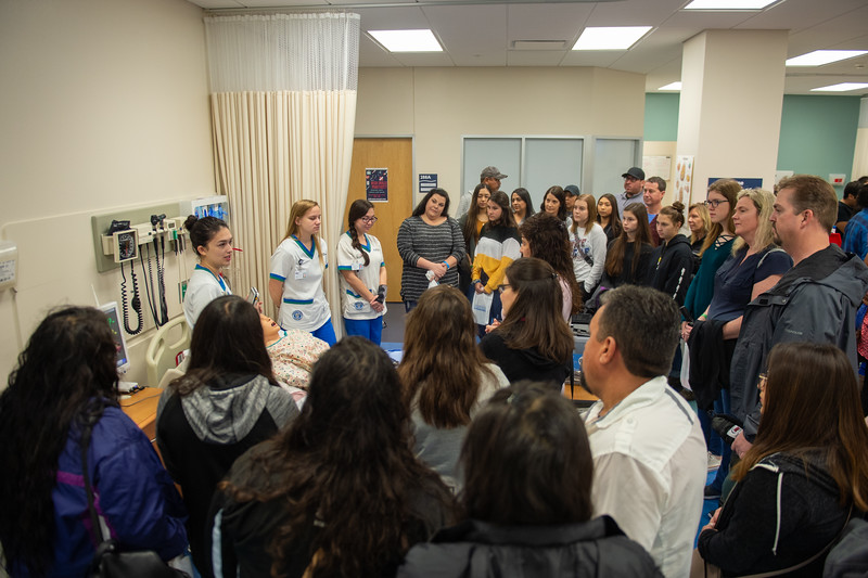Nursing sttudents give their presentation to touring high school students.