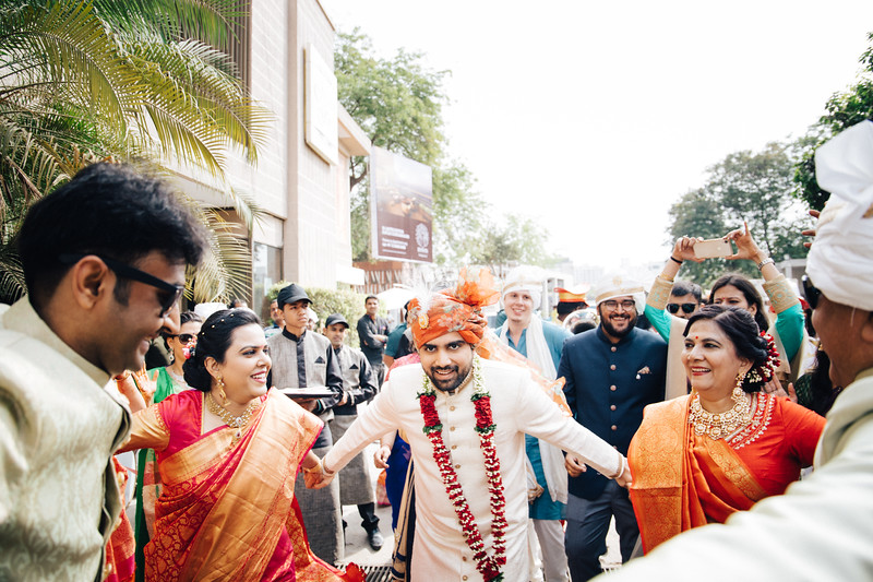 Poojan + Aneri - Wedding Day EOSR Card 1-1157.jpg