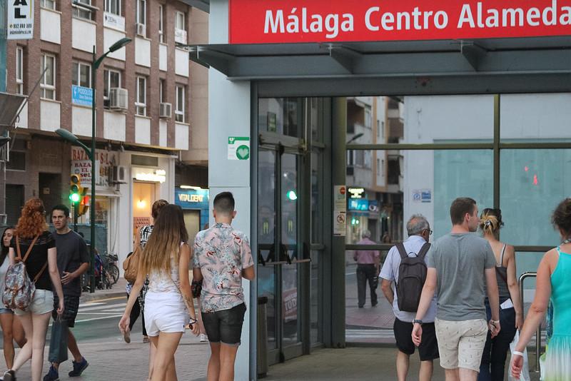 URBAN-TEMPLE-MALAGA-1st-public-talk-030b.jpg