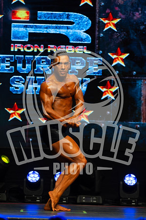 Mens Classic Physique Novice - Up to And including 178cm