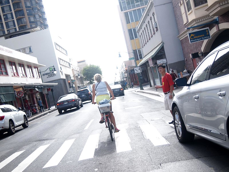 Bicycling-Honolulu.jpg