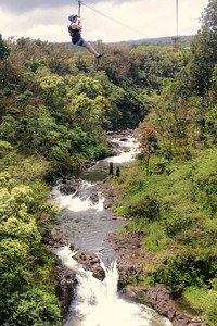 Zipline over Umauma waterfalls