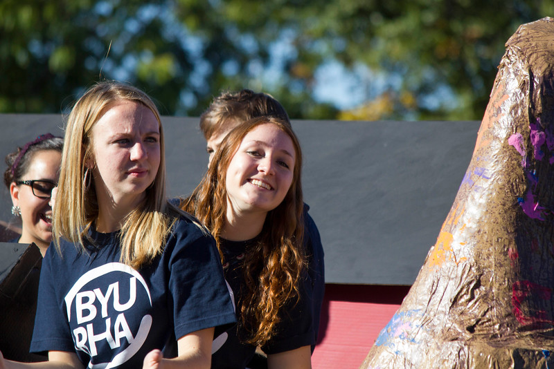 2015_10_10_Homecoming_Parade_7634.jpg