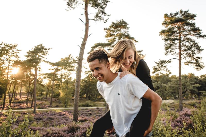 HR - Loveshoot Fotosessie Soesterduinen - Esther+Igor - Karina Fotografie-37.jpg