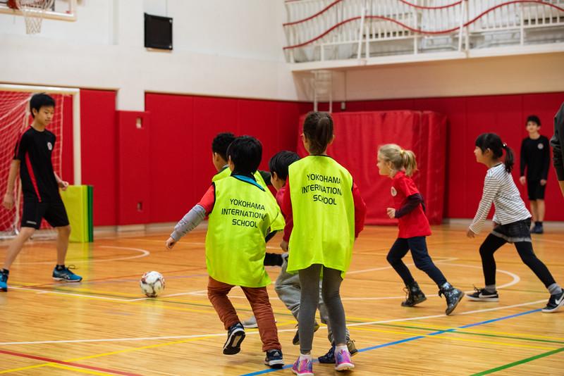 Grade 10 PE-Dance and Soccer-ELP_8985-2018-19.jpg