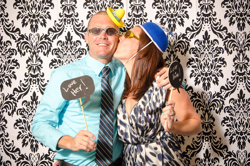 missy_bill_photobooth-075.jpg