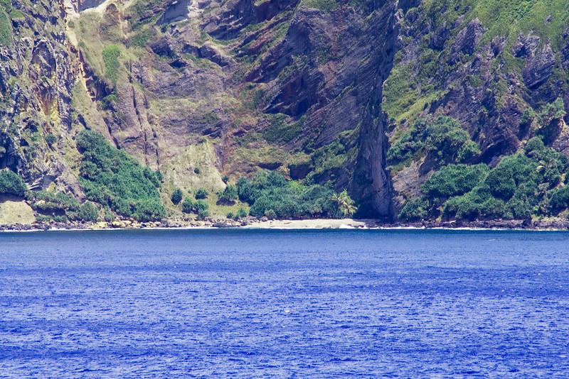 Pitcairn Beach.jpg