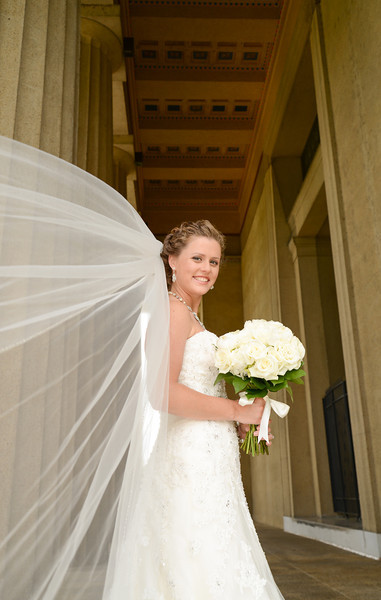Stephanie Thomas Bridal