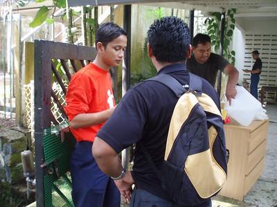 Etiqa Staff Lend Their Hands @ Bukit Antarabangsa