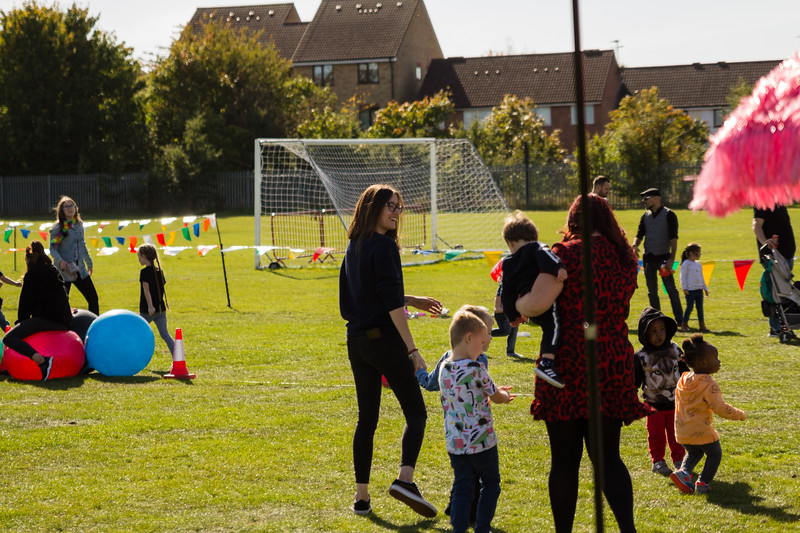 bensavellphotography_lloyds_clinical_homecare_family_fun_day_event_photography (230 of 405).jpg