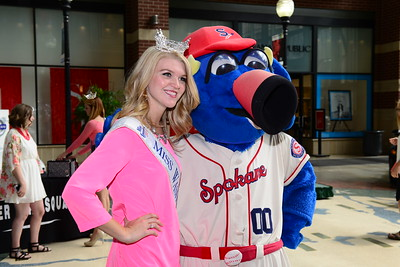 Homecoming Ceremony for Miss Washington Kailee Dunn 2014