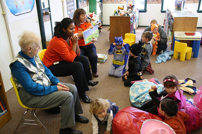 Fall Storytime Group Halloween Party, Tamaqua Library, Tamaqua (10-25-2011)