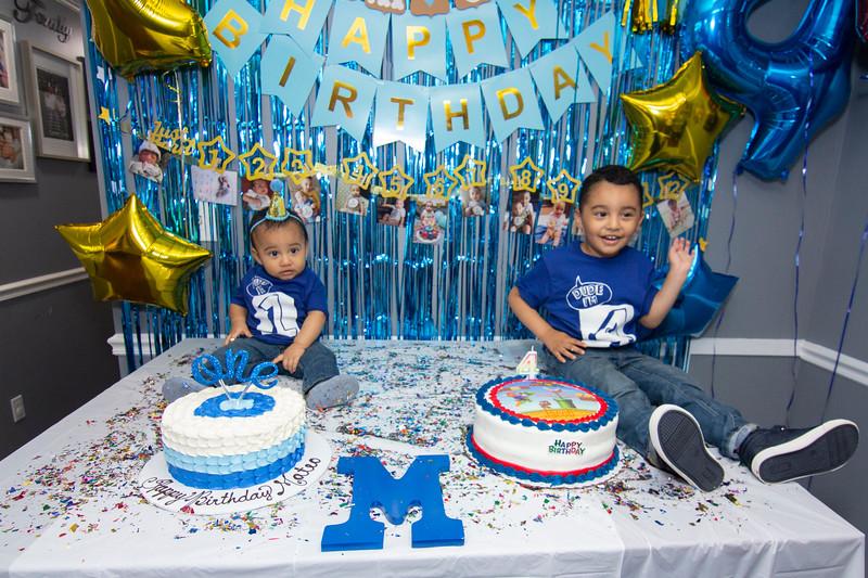 2020 10 Jose and Susanah Family _MG_059219.jpg