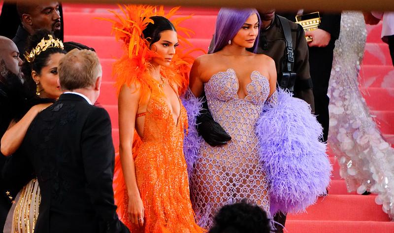 05.06.2019-Kendall Jenner Kylie Jenner Kim Kardashian Kanye West Travis Scott_Z_05.jpg